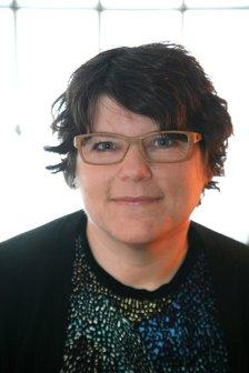 Author Spotlight: Sara Zarr – The Family Blog